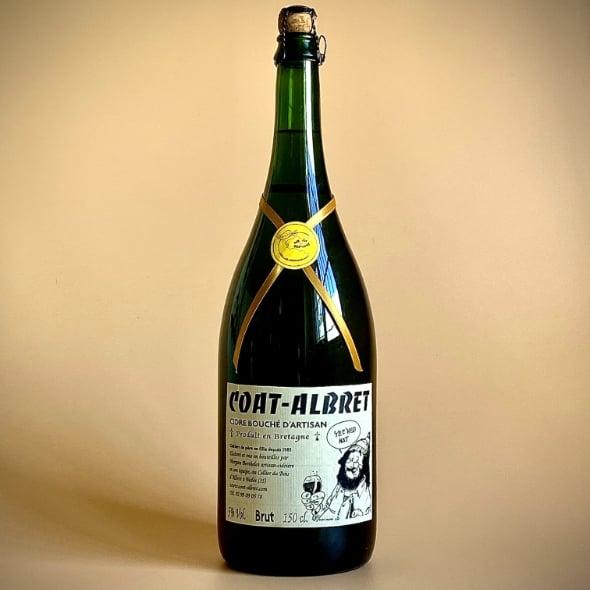 Photo d'une bouteille de cidre cuve close de 150 cl teinte verte