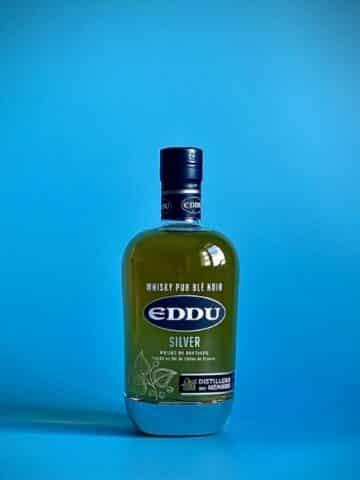 Photo d'une bouteille de spiritueux Little Sumo de 70 cl teinte blanche