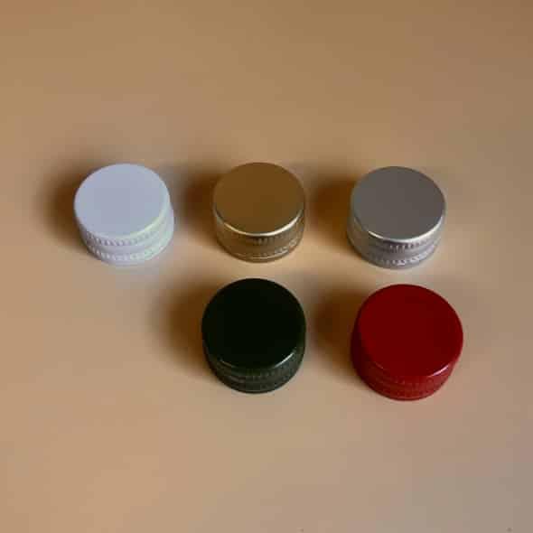 Photo de 5 capsules à vis